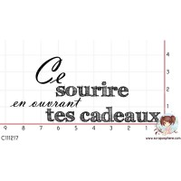 TAMPON CE SOURIRE EN OUVRANT TES CADEAUX par Choupyne