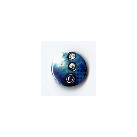 BADGE 2.5 cm - FOND BLEU par Tiphanie